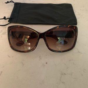 Women's Steve Madden Tortoise Shell Sunglasses